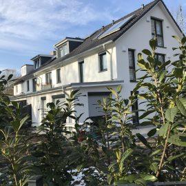 VERKAUFT VOR BAUBEGINN –  Neubau eines KFW 55 Architekten Reihenendhauses