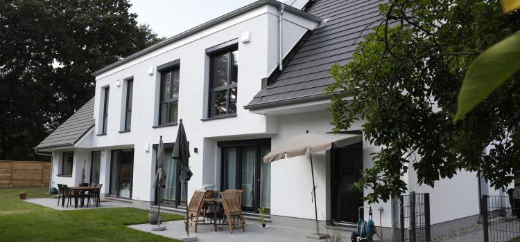 Neubau – Doppelhaus auf rückwärtigem Grundstück