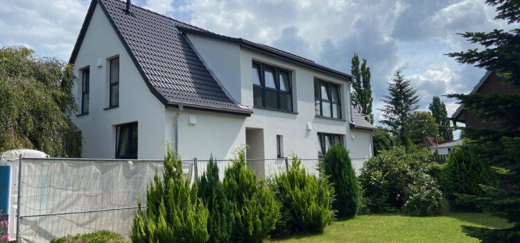 VERKAUFT – Haus im Haus –                          umfangreich sanierte DG-Wohnung mit eigenem Zugang